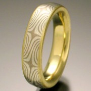 Star Pattern Mokume Gane Ring, Gray and White Stars with Lining and Narrow Rails of Gold