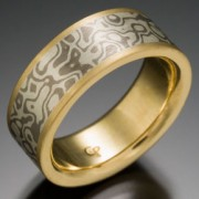Seamless Wood Grain Pattern Mokume Gane Ring, Gray and White with Lining and Narrow Rails of Gold
