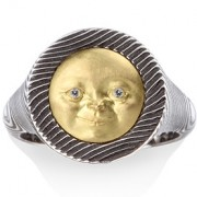 Small Moon Face Ring with 18k Yellow Gold